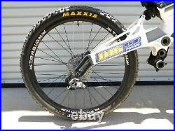 2007 GT Racing DHi Team Issue Downhill Bike 26 Full Suspension Almost Complete