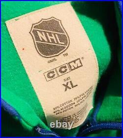CCM Reebok Team Classics Hartford Whalers NHL Full Zip Track Jacket Size XL